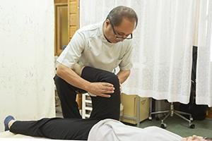 膝痛整体施術
