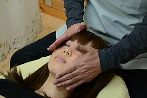 松江市の小顔施術