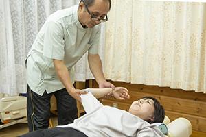 ひじ痛整体施術